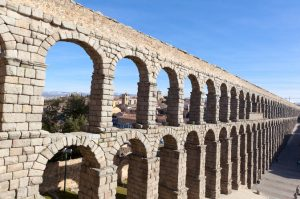 Avila and Segovia Day Trip from Madrid: Including a stop at hilltop Los Cuatro Postes
